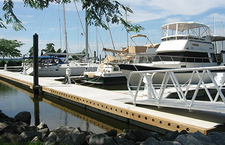 floating dock utilizing a waler connection system