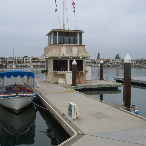 The floating harbormaster building was designed to match the appeal of the upland properties.