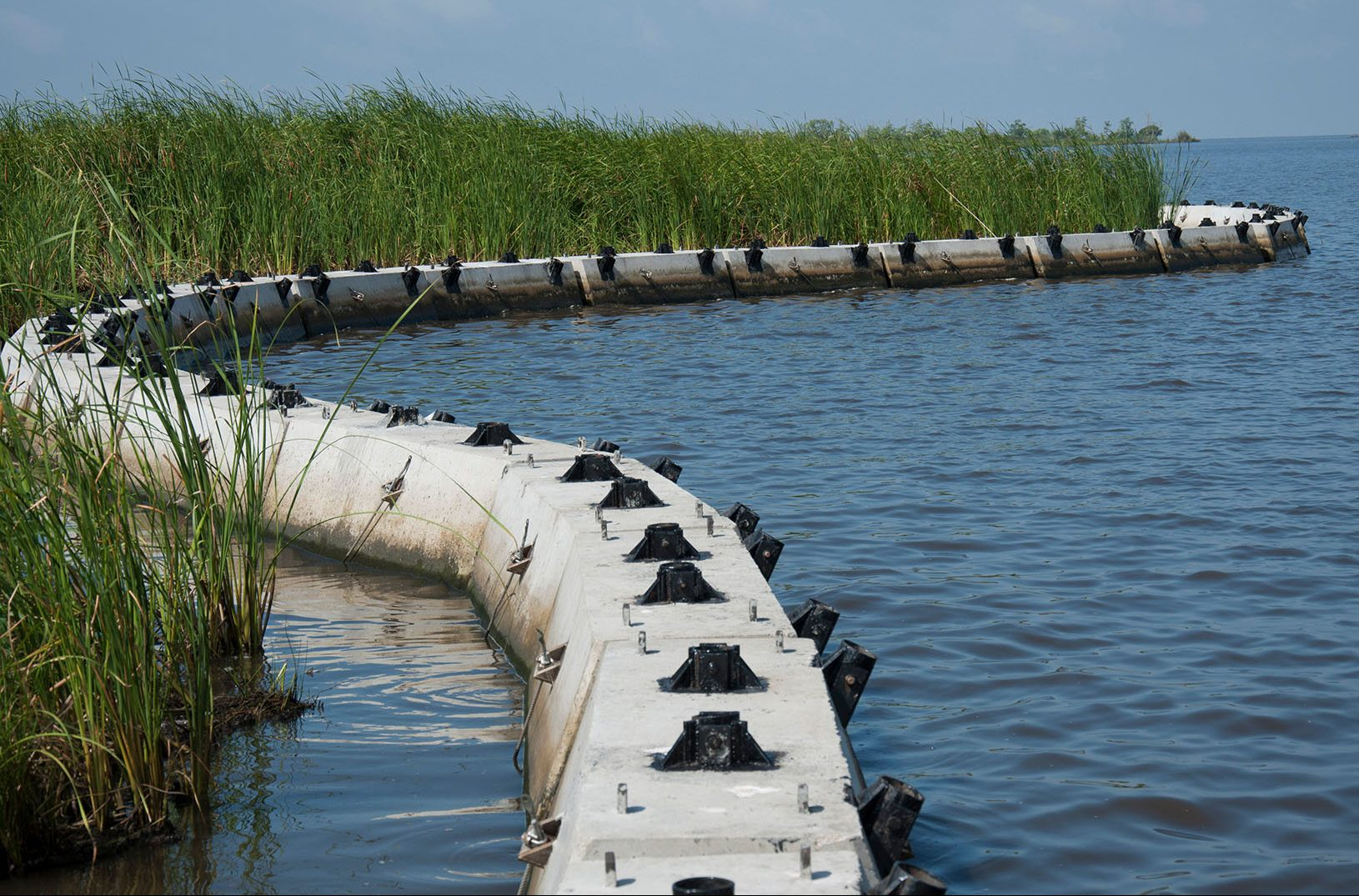 Buoyancy Compensated Erosion Control Modules
