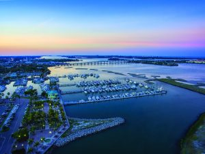 Hurricane Protection Incorporated Into Fort Pierce City Marina