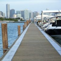 Marginal walkway at Miami's temporary marina