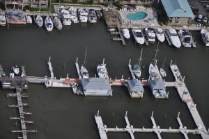At Naples City Marina, three floating platforms support the dockmaster's office, gazebo and restroom complex.