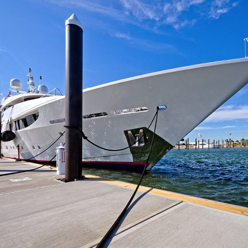The marina offers 3,327 linear feet of superyacht moorage.