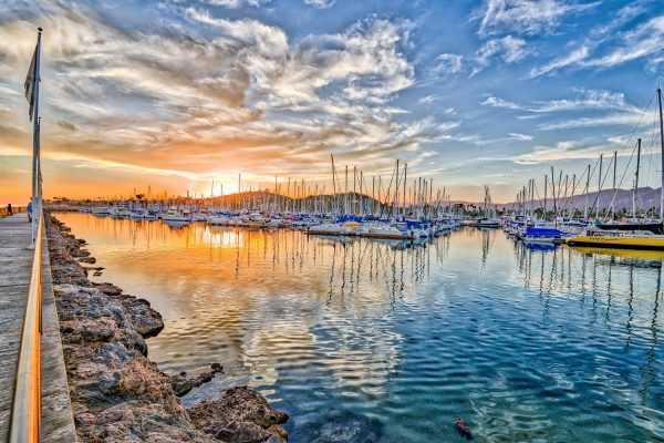 Phased marina construction at Santa Barbara Harbor resulted in big savings.