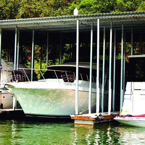 Covered docks provide complete sun protection for vessels.