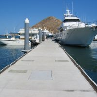 Unifloat docks designed for side-tie moorage