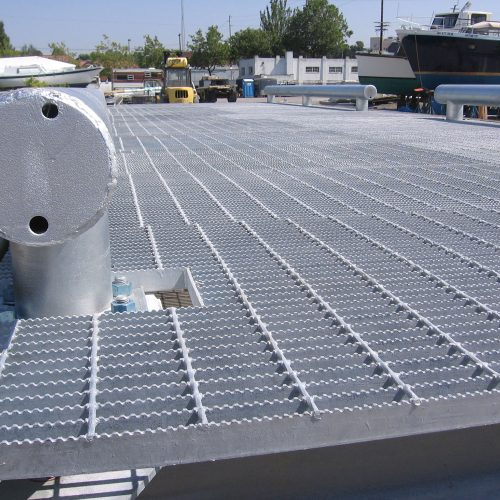 The heavy-duty steel docks have serrated steel grating to ensure they don't become slippery.