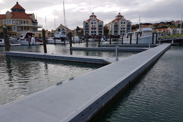 Concrete Unifloat docks with FRP walers and FRP thru-rods